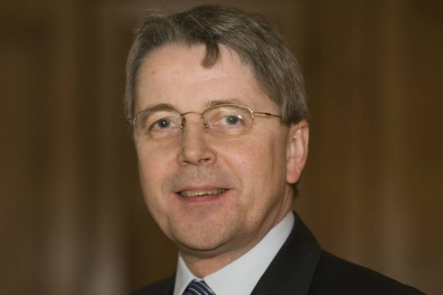 Picture of Sir Jeremy Heywood, Cabinet Secretary, facing the camera